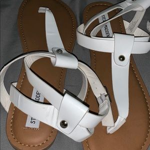 Steve Madden thong sandals